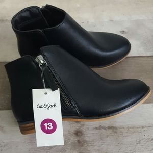NEW Cat & Jack Girls' Black Side Zip Ankle Boots